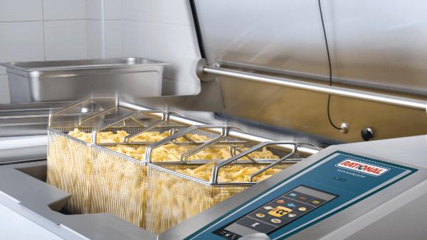 Variocooking center in cucina