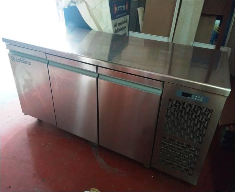 Banco frigo usato tre sportelli
