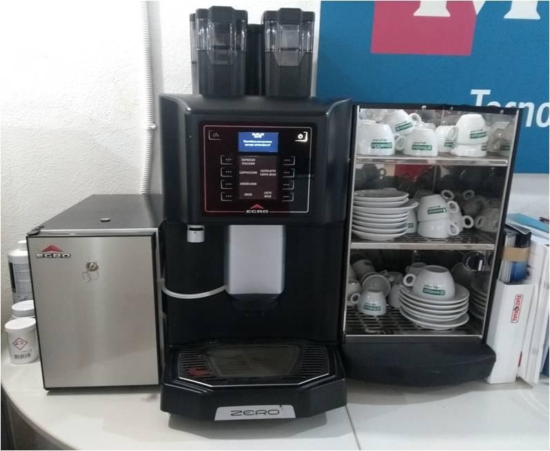 Macchina caffè super automatica usata